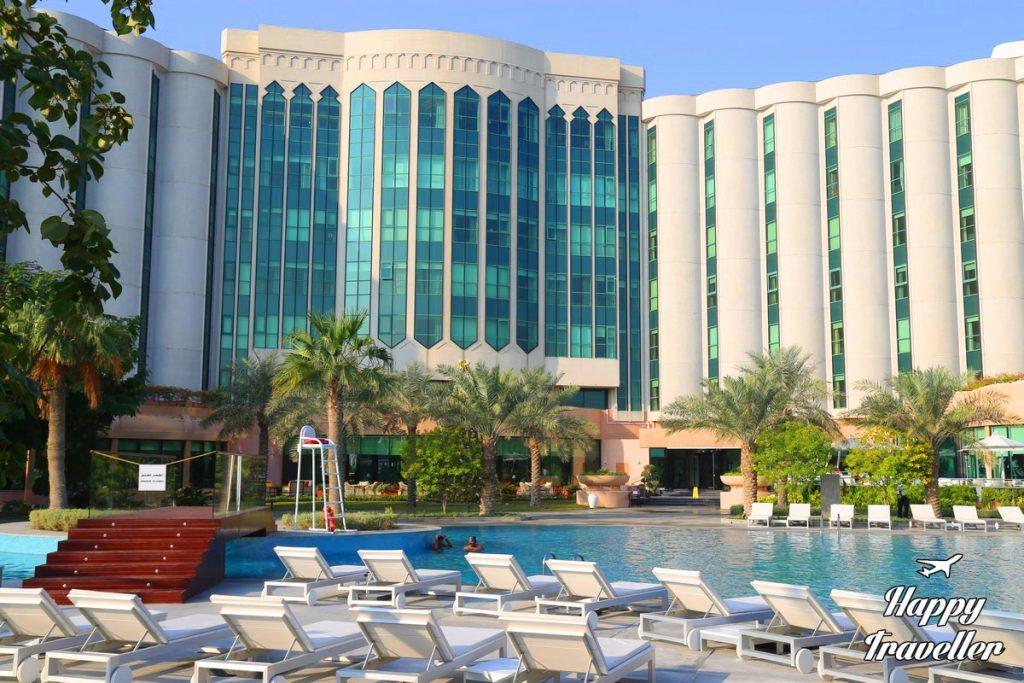 bahrain happy traveller