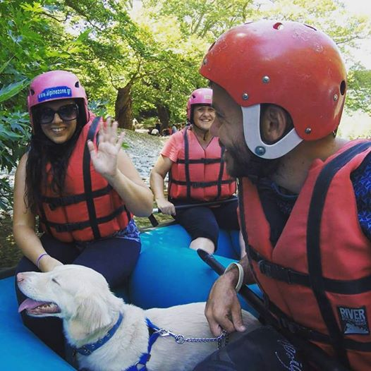 rafting voidomatis happy traveller