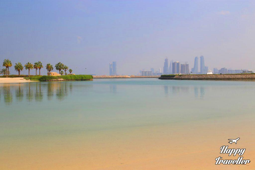 bahrain-happy-traveller-2