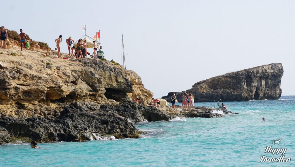 comino-cominoto-blue-lagoon-malta-happy-traveller
