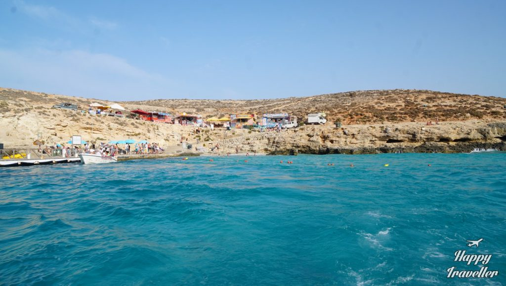 comino-cominoto-blue-lagoon-malta-happy-traveller-8