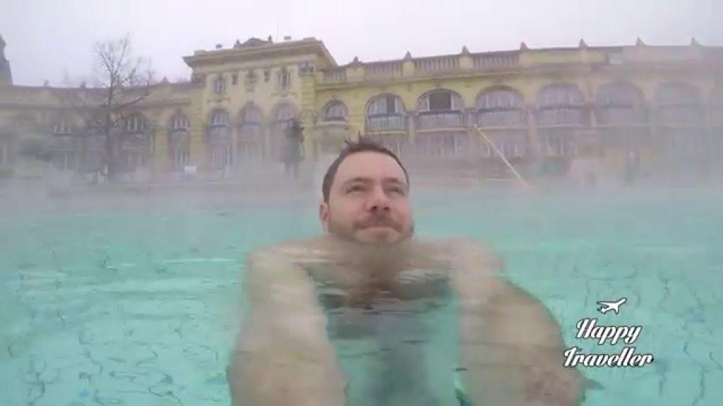 happy traveller budapest