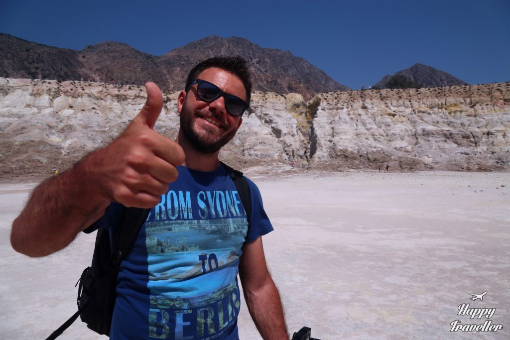 ifestio-nisiros-happy-traveller-4