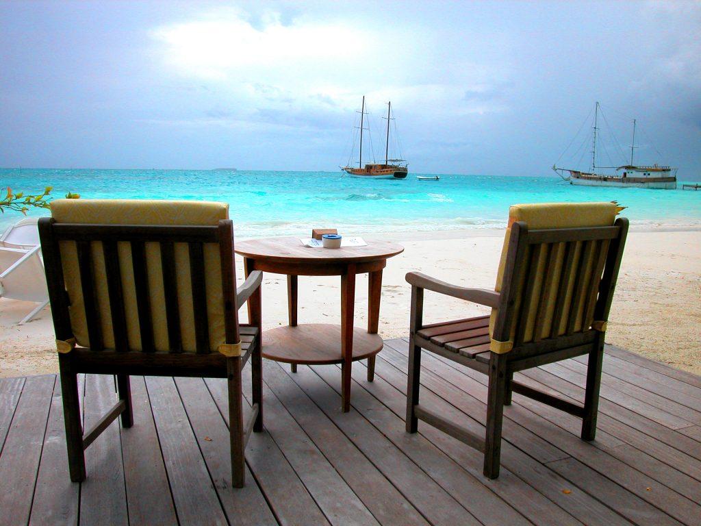 maldives-happy traveller