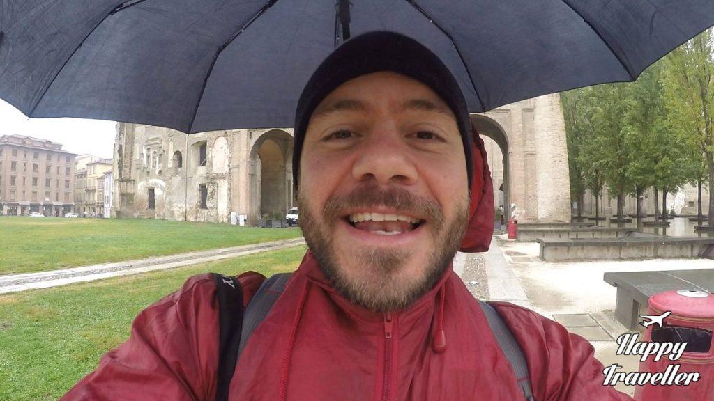 hands-free-umbrella