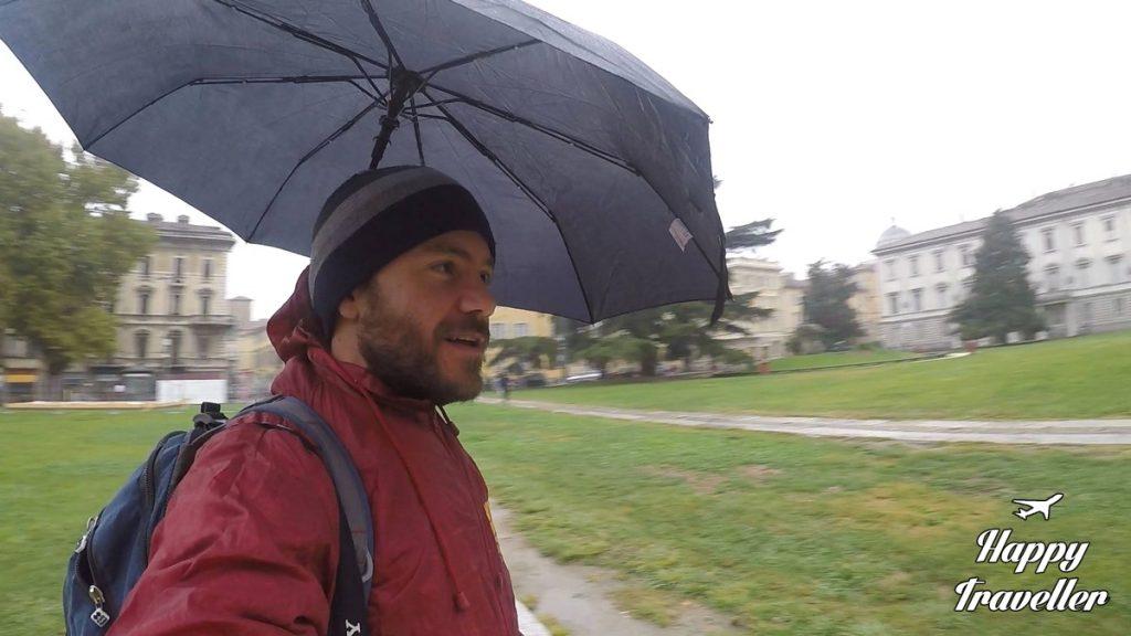 hands-free-umbrella2