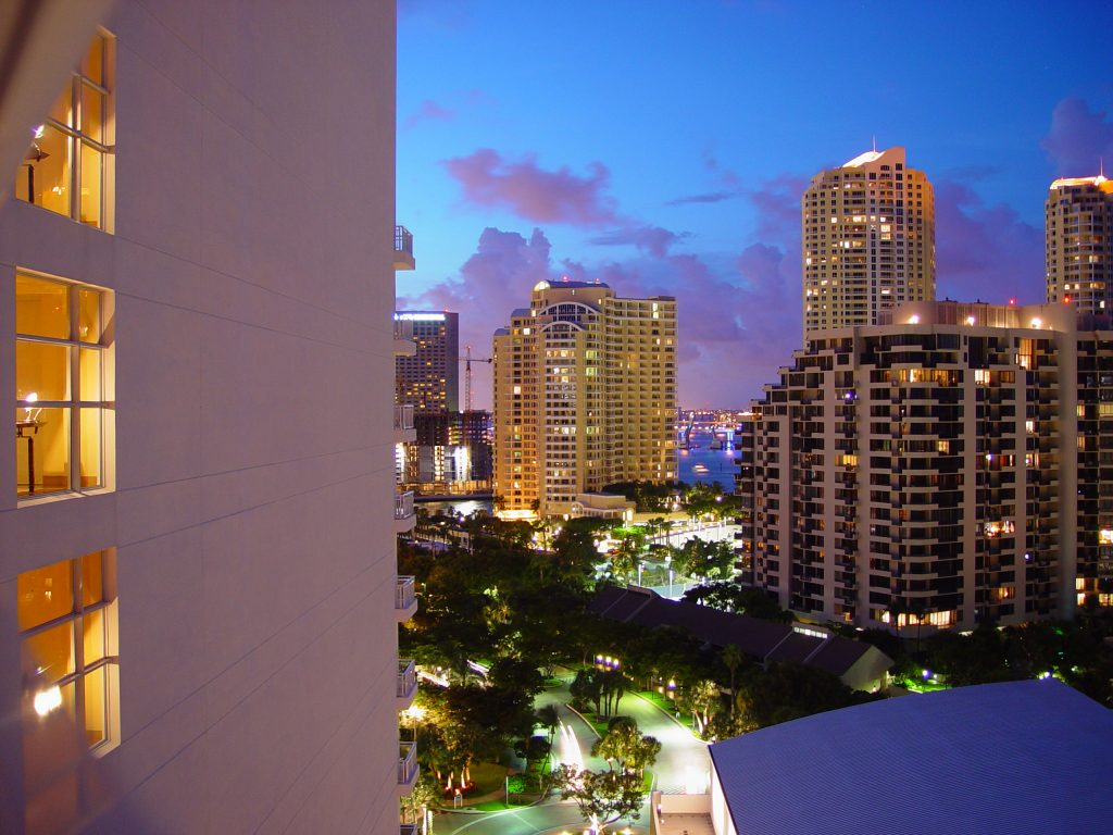 miami-hotel-1496807
