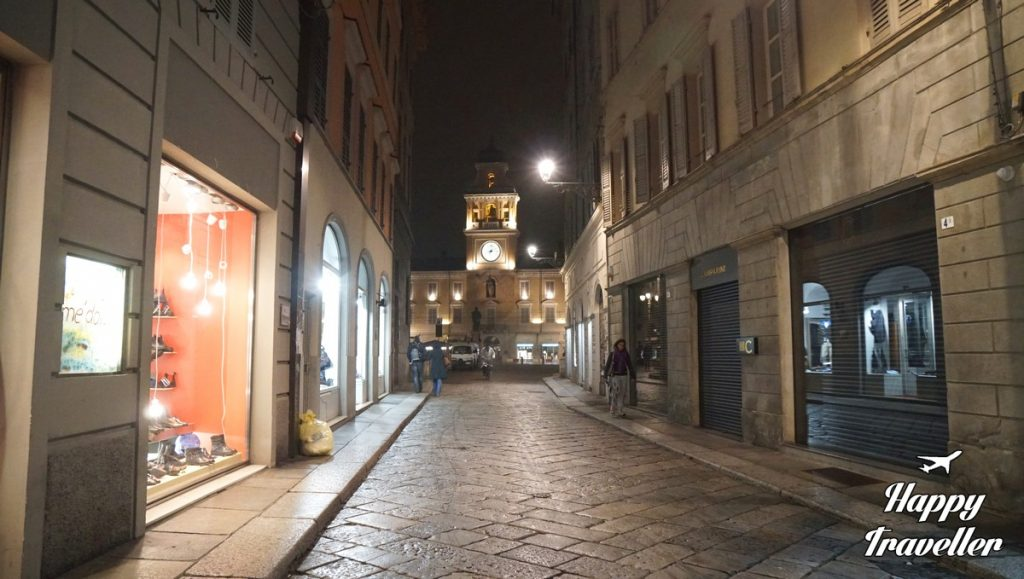 parma-italy-happy-traveller-4