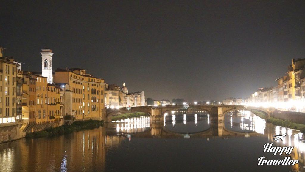 ponte-vecchio-florentia-italia-happytraveller-2