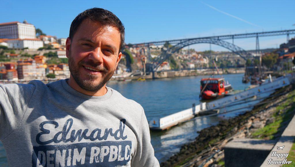 porto-happy-traveller