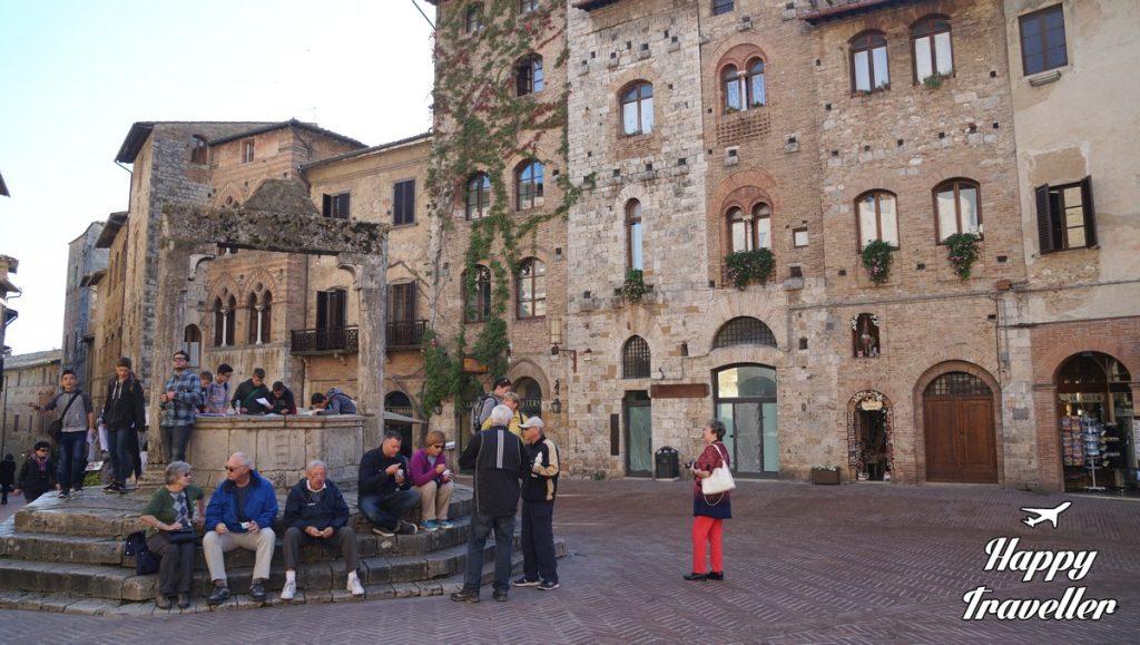san-gimignano-italia-happytraveller-16