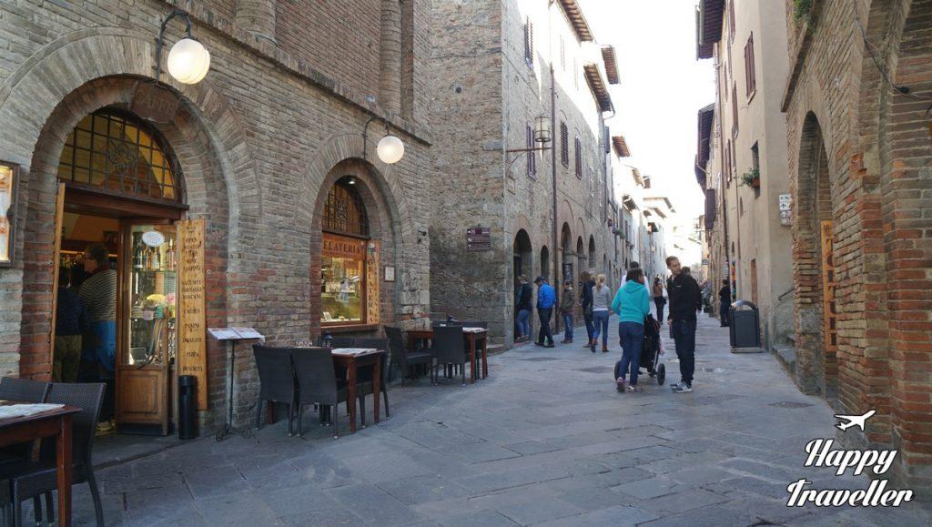 san-gimignano-italia-happytraveller-4