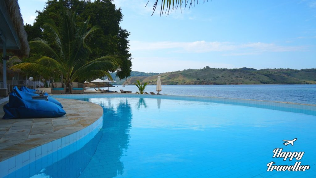 seraya-hotel-resort-indonesia-happy-traveller-12