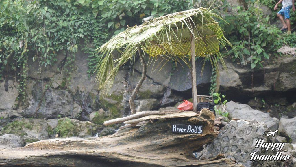 tegenungan-waterfall-happy-traveller-bali-5