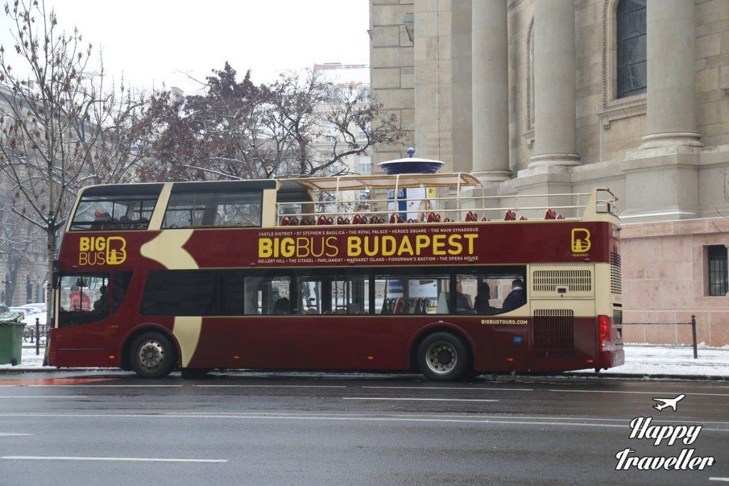 budapest-hungary-happy-traveller-11