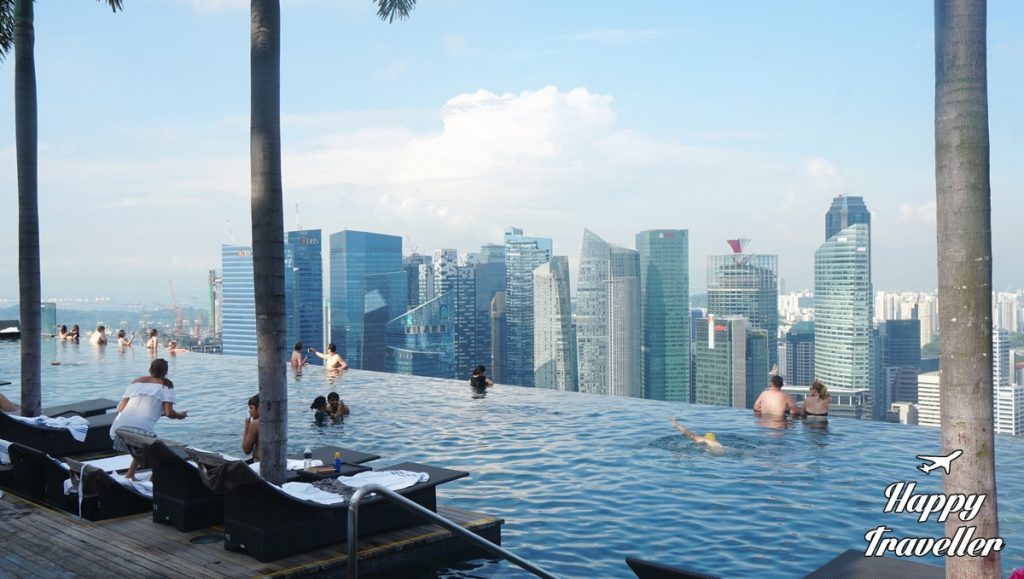 marina-bay-sands-singapore-happy-traveller-7