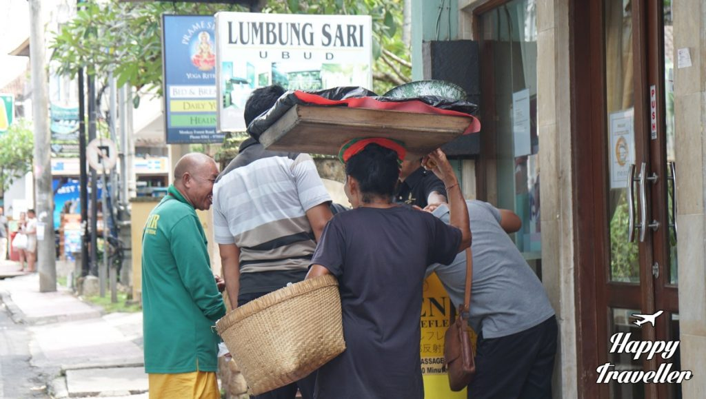 ubud-bali-happy-traveller-5