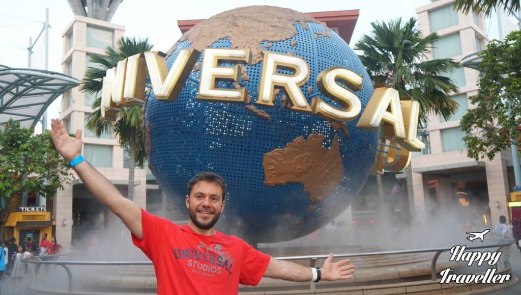 sentosa-singapore-happy-traveller