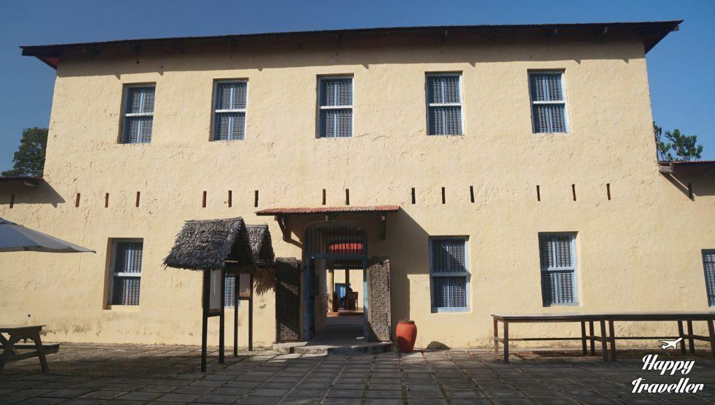 zanzibar-prison-island-stone-town-happy-traveller-7