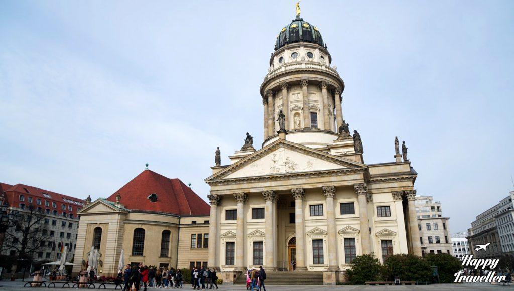 berlin germany happy traveller (4)