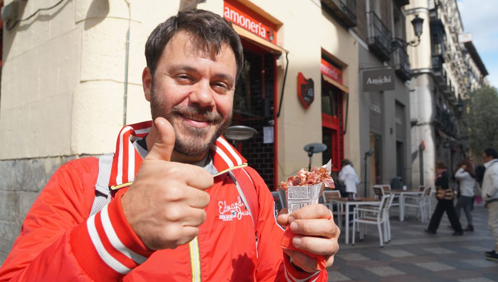 madrid happy traveller