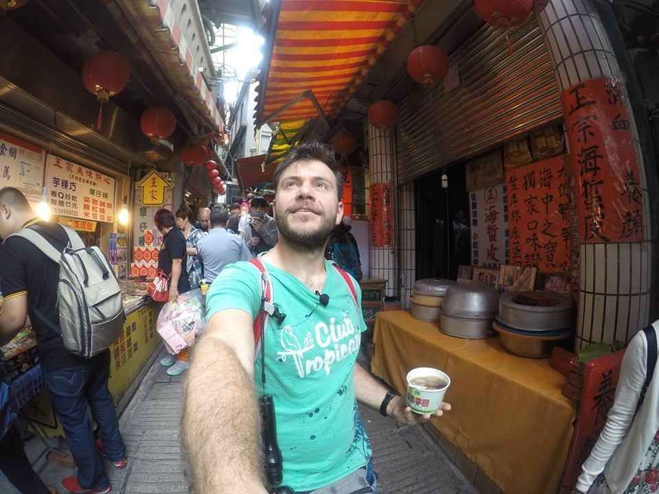 happy traveller taiwan