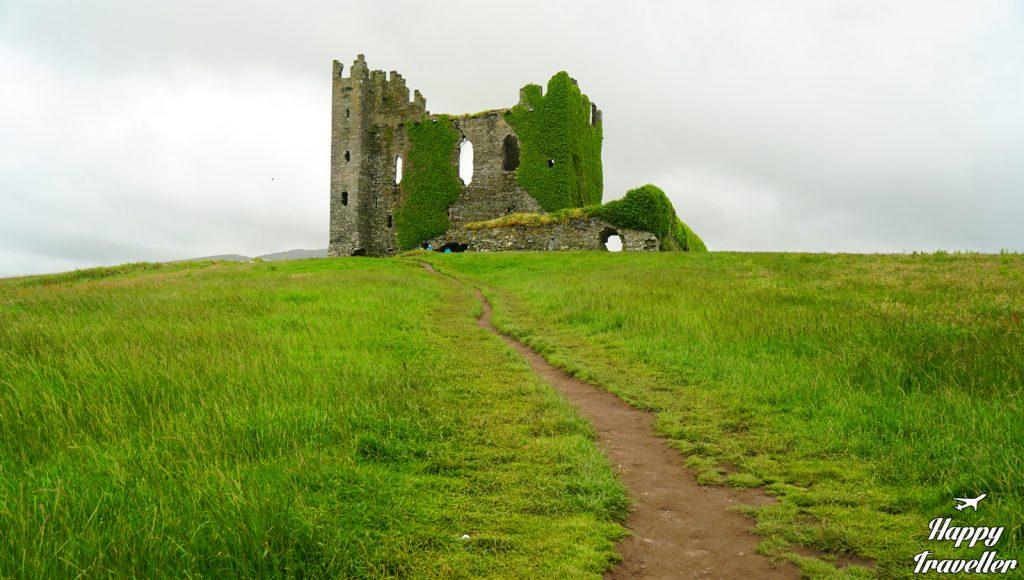 Bailycarbery castle1
