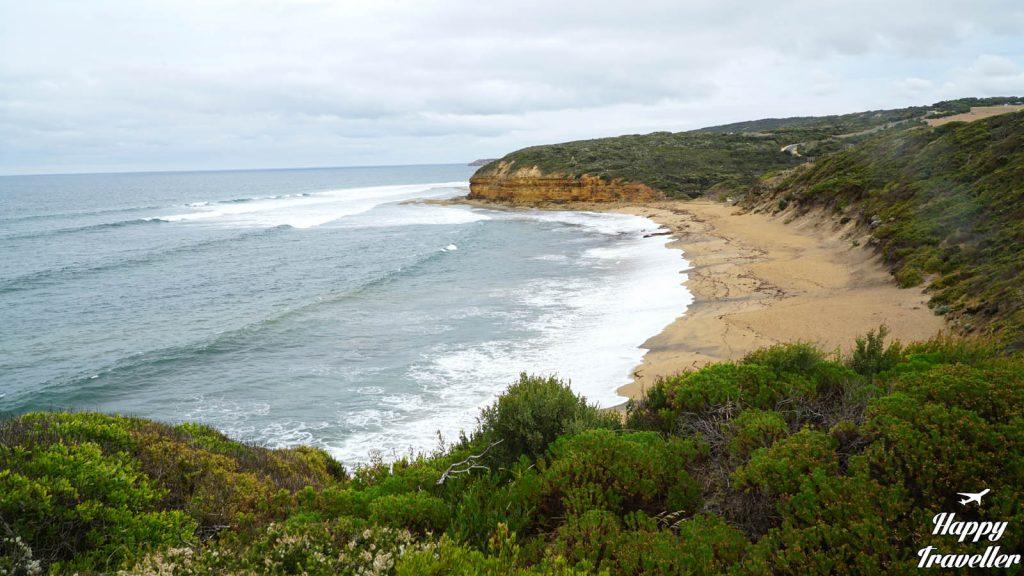 bells beach great ocean road australia happy traveller
