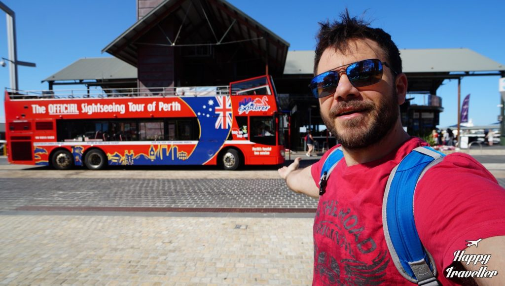 perth australia happy traveller (4)