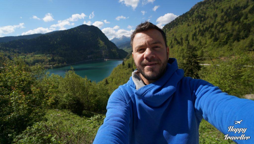 Με θέα τη Λίμνη & το Φράγμα Πλαστήρα