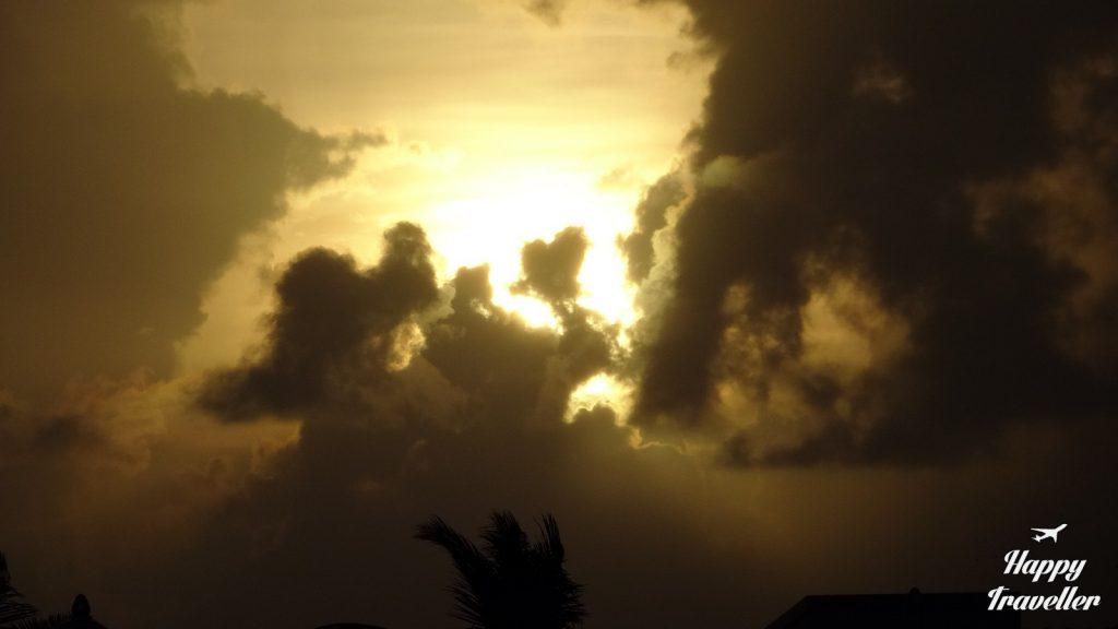 Το τελευταίο ηλιοβασίλεμα του κόσμου.