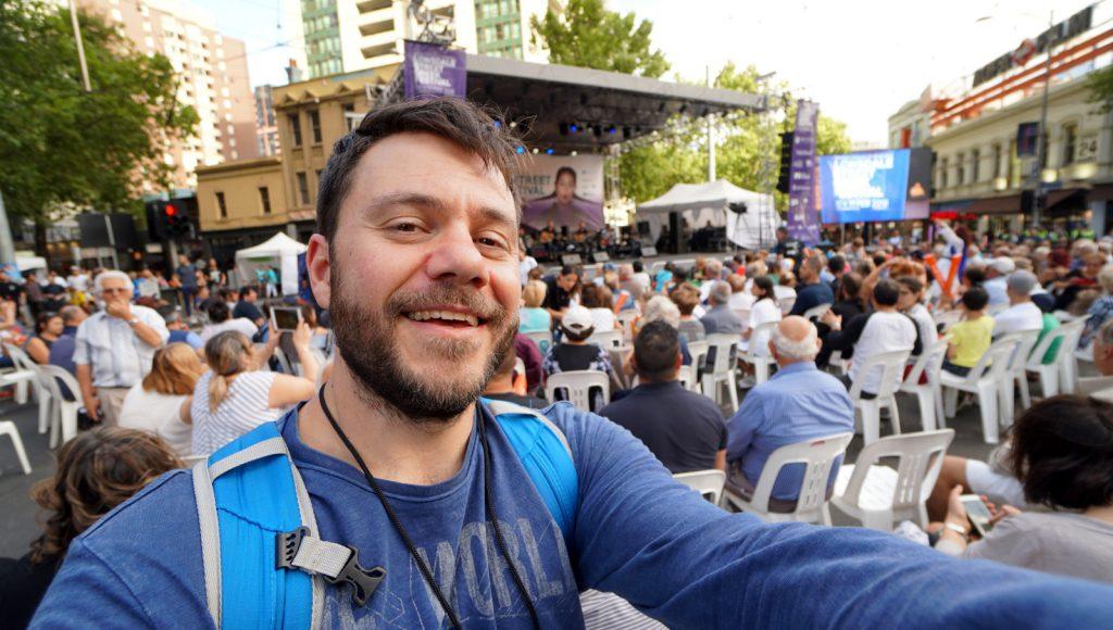Το Ελληνικό φεστιβάλ της Μελβούρνης στον δρόμο Λονσντέιλ