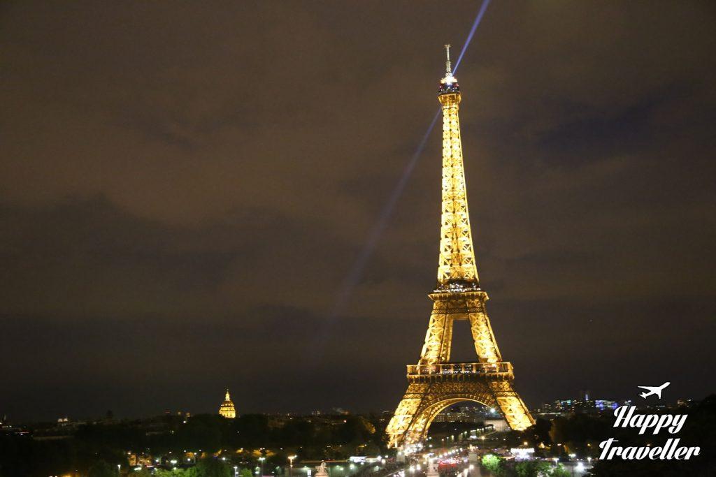Ο Πύργος του Άιφελ το βράδυ, Παρίσι