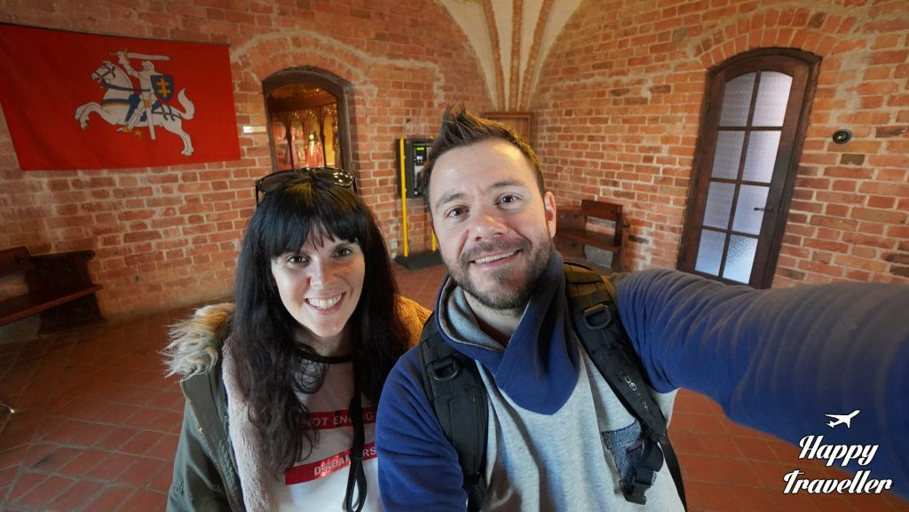 trakai lithuania happy traveller (4)