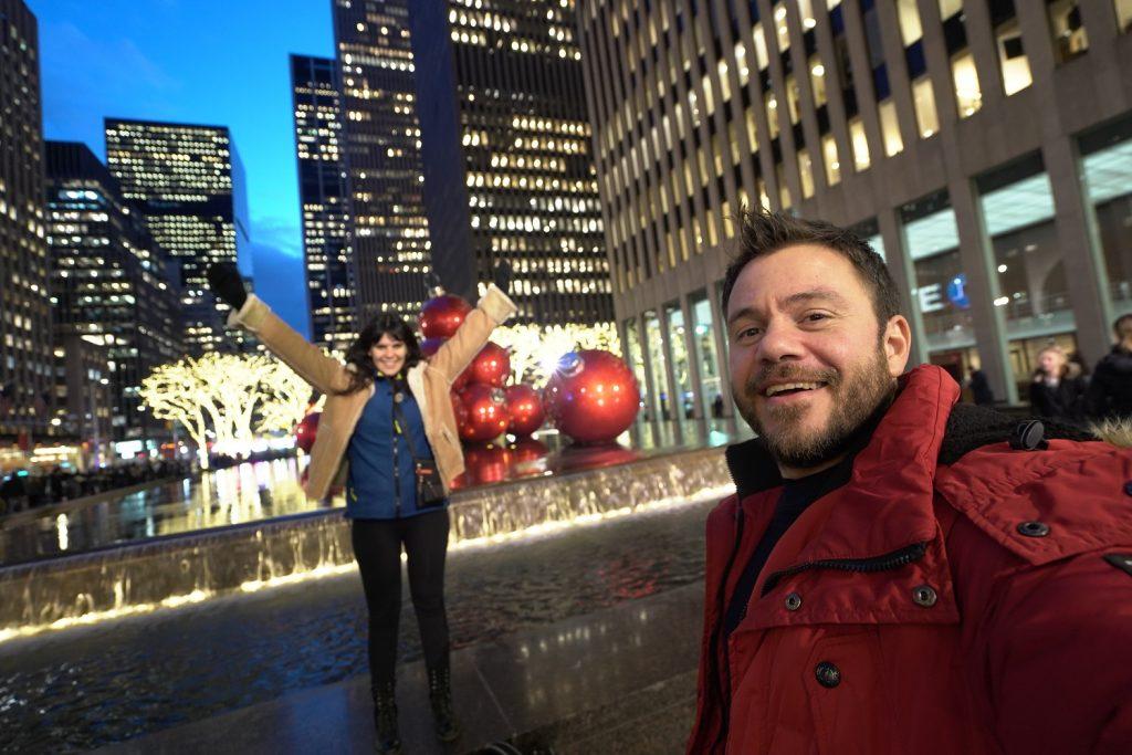 new york happy traveller christmas