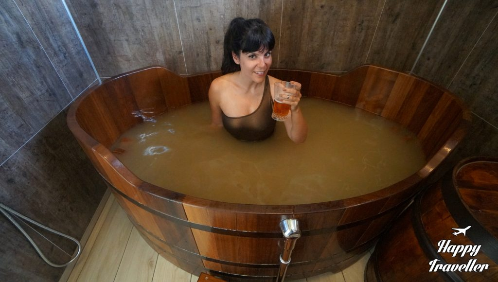 Βjorbodin beer spa iceland happy traveller (5)