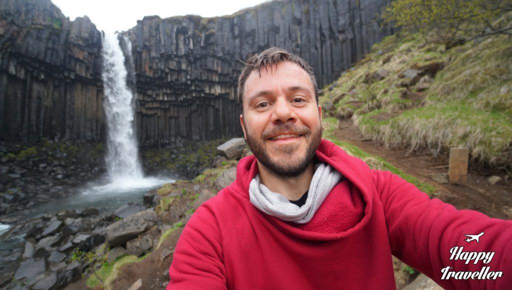 Svartifoss happy traveller iceland (4)