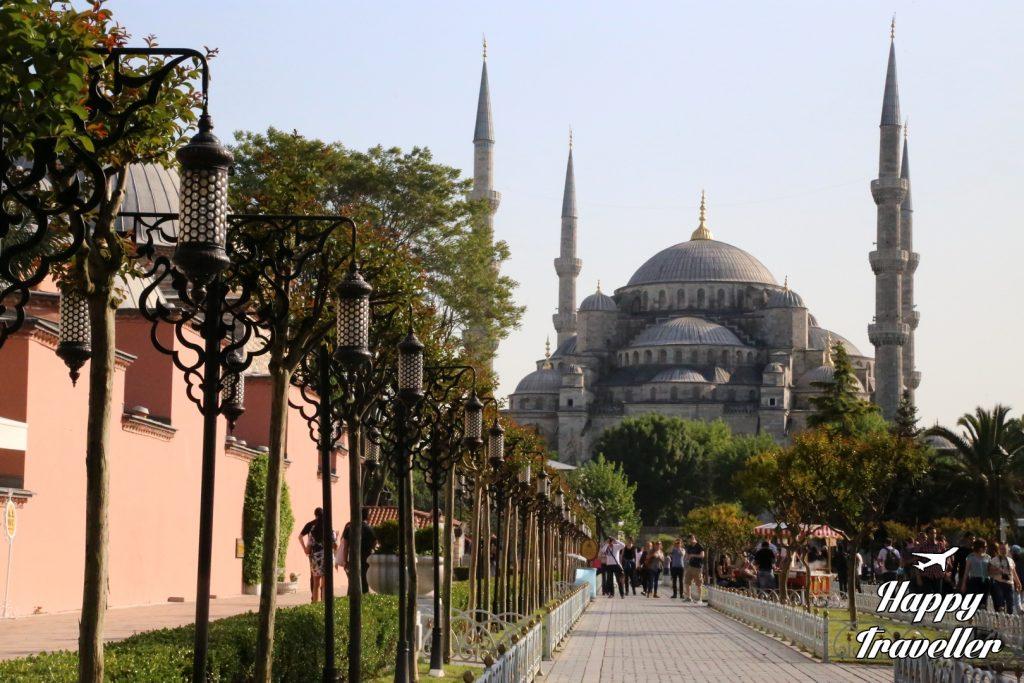 Konstantinoupoli Tourkia Happy Traveller (12)