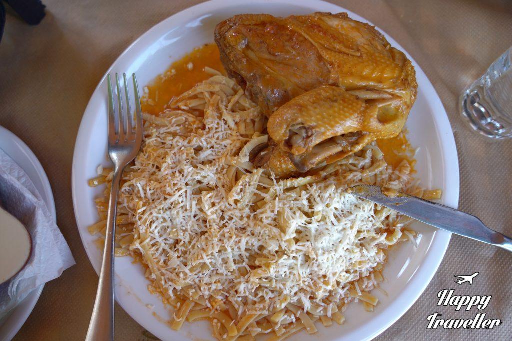 Παραδοσιακά ζυμαρικά με κόκορα
